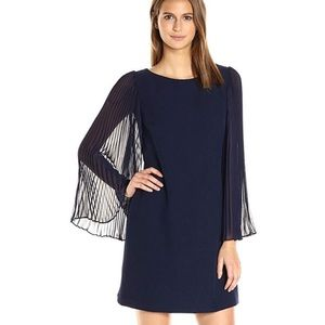 Vince Camuto Shift Dress w Pleated Bell Sleeves